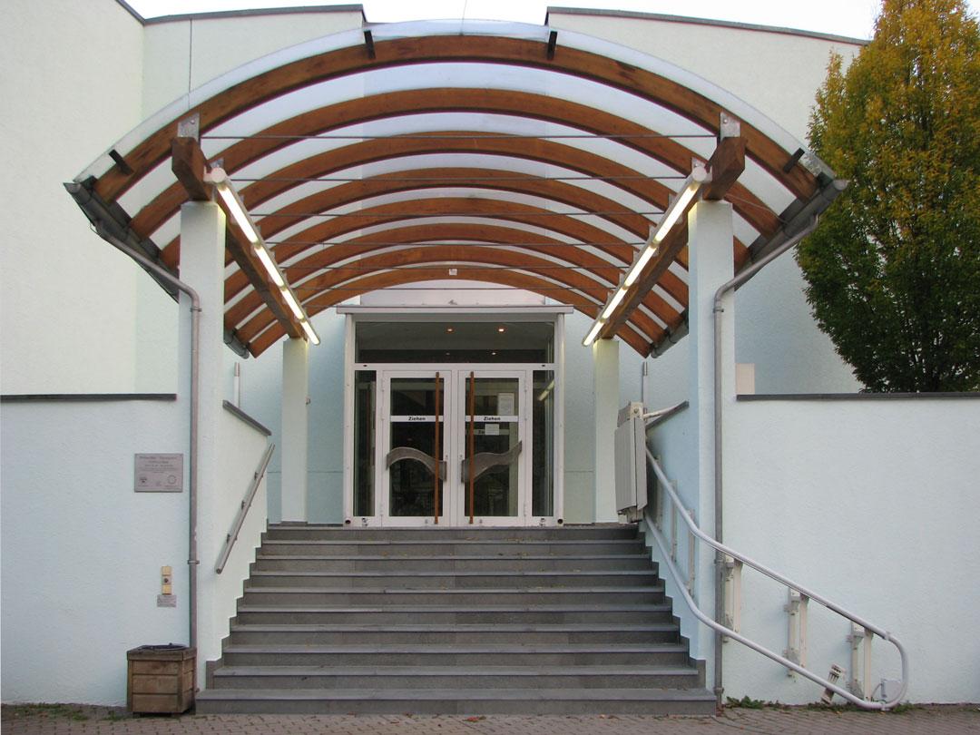 muennich_Freizeitbad-Thyragrotte_Stollberg_SANIERUNG_Haupteingang_1080x810px
