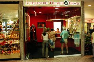 muennich_Theaterkasse-im-Rathauscenter_Dessau_Theaterkasse6_1080x720_pixelig