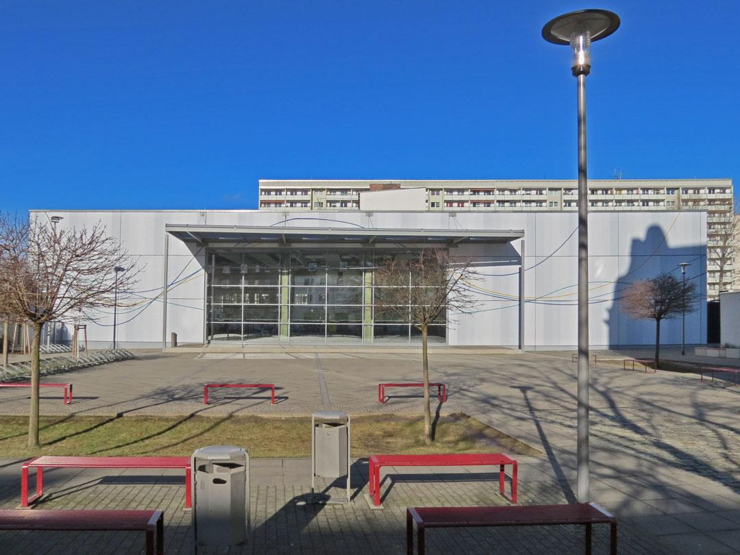 muennich_Sporthalle_Philantropinum_Dessau_Suedansicht_1080x810px