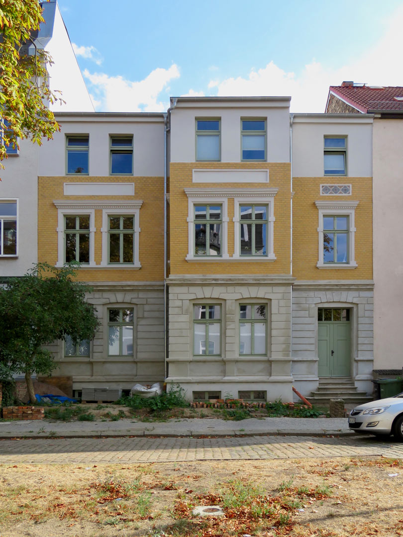 muennich_Straßenfassade-fertiggestellt-2018_810x1080px
